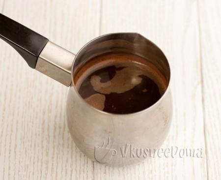 варим крепкий черный кофе