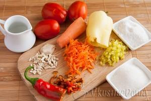 ингредиенты для консервации помидор