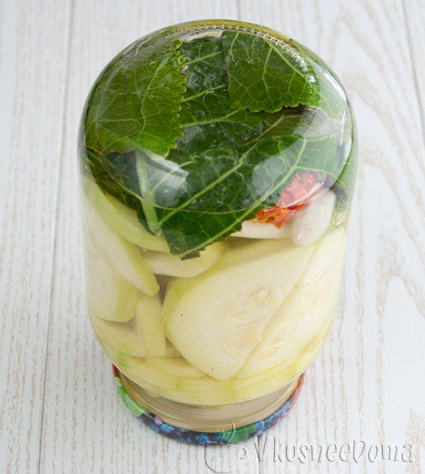 Как консервировать кабачки на зиму с уксусом