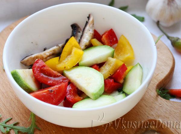 овощи и грибы маринуем в подсолнечном масле со специями