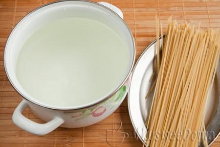 отвариваем спагетти