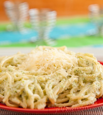 спагетти с соусом из брокколи