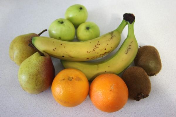 фрукты на салат
