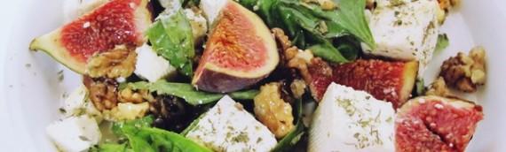 Салат с брынзой рецепт с инжиром и базиликом