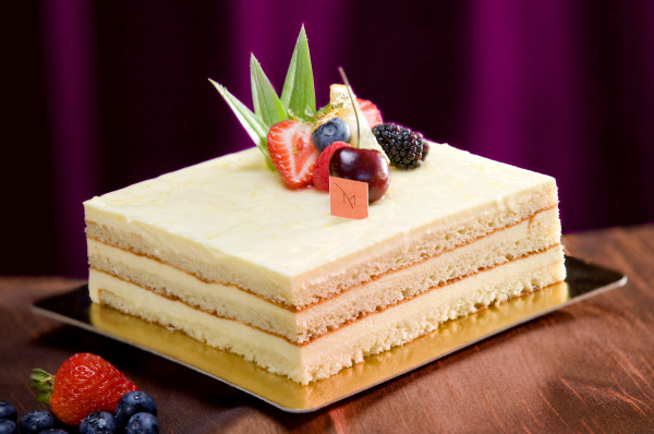 M_Resort_Baby_Cakes_Sugar_Free_Lemon_Cake_1