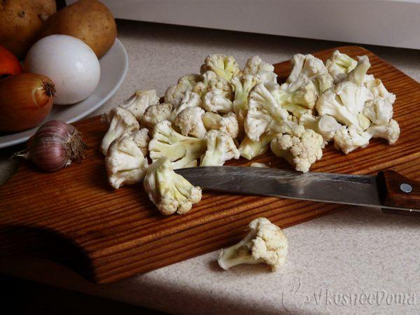 нарезаем цветную капусту