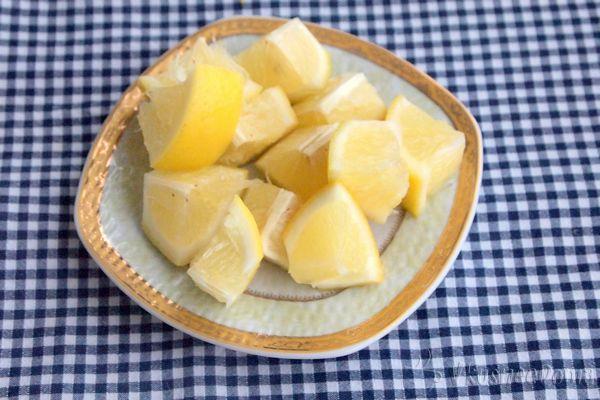 измельчаем лимон