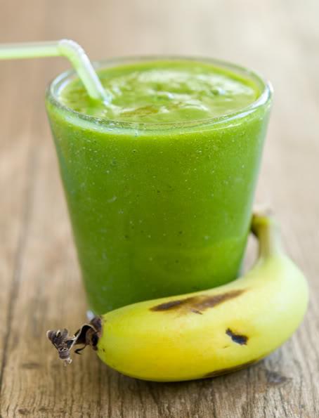 Breakfast-Banana-Green-Smoothie