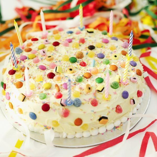 Как просто украсить детский торт в домашних условиях фото