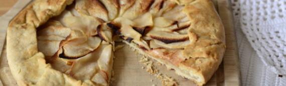 Пирог из песочного теста с яблоками без сахара