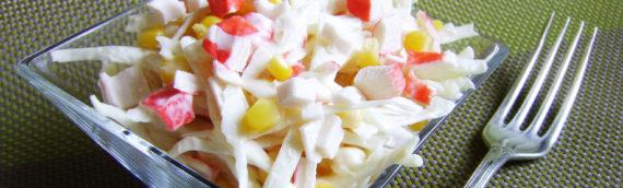 Любимый салат с крабовыми палочками и кукурузой классический