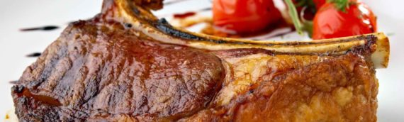 Антрекот из свинины: не забудьте соус!