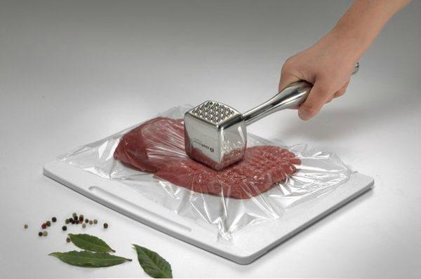 Как отбивать антрекот из говядины