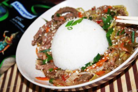 Говядина по-китайски с кунжутом