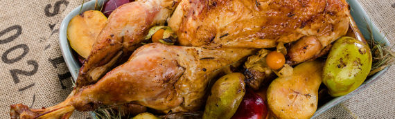 Особенности приготовления индейки с картошкой в духовке: с сыром, грибами или овощами