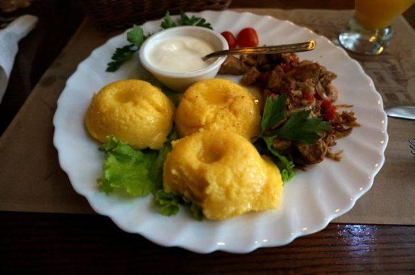 Мамалыга с мясом