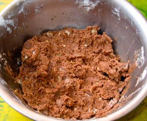 в массу-какао добавляем пачку детской смеси