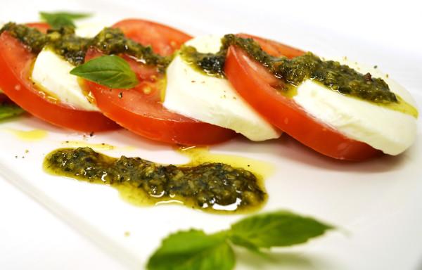 Salat-kapreze1