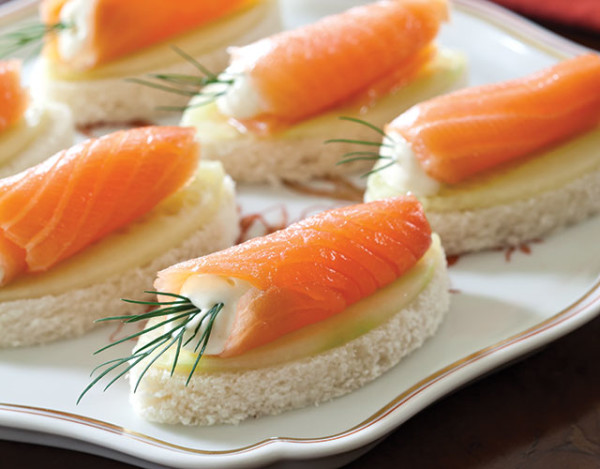 SalmonCucumberCanapes-SO13