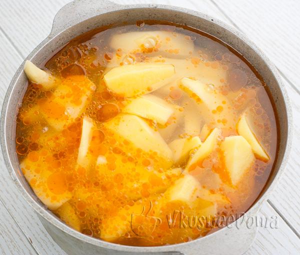 добавляем картошку