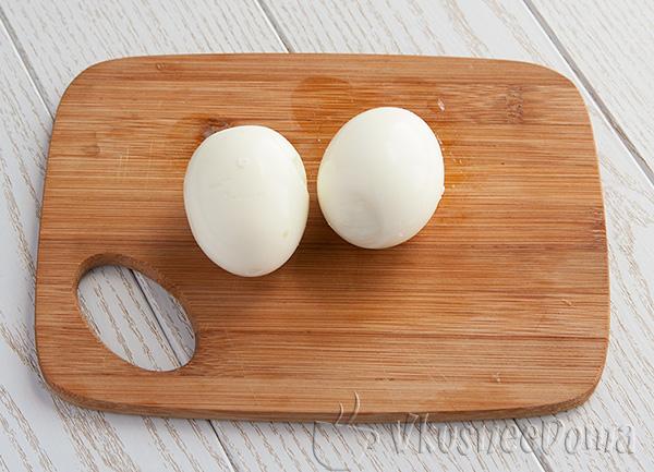 яйца отвариваем