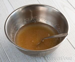 заливаем желатин водой