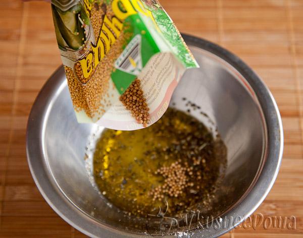 добавляем горчицу в зернах