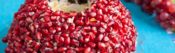 Салат Гранатовый браслет с мясом рецепт с фото