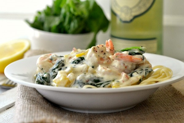 shrimp-pasta-with-cream-sauce