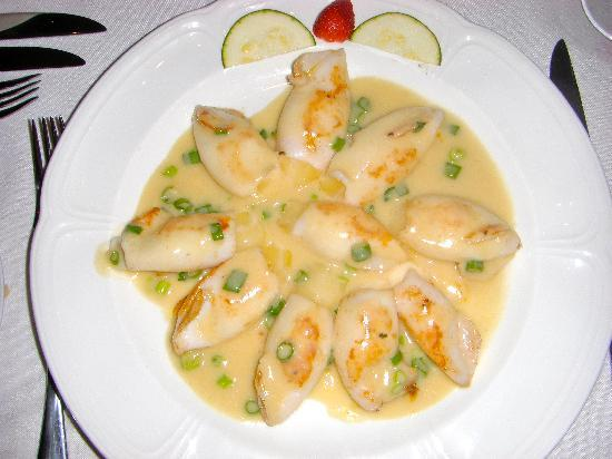 squid-stuffed-with-manchego