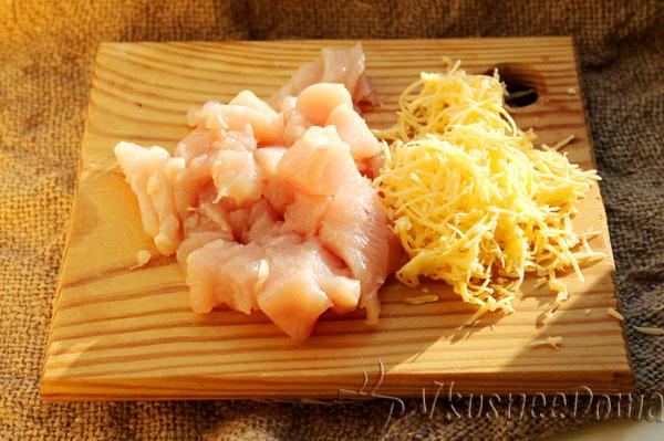 подготавливаем сыр и филе