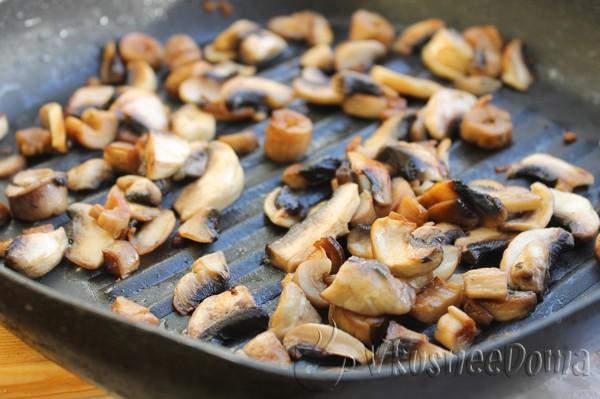 грибы поджариваем