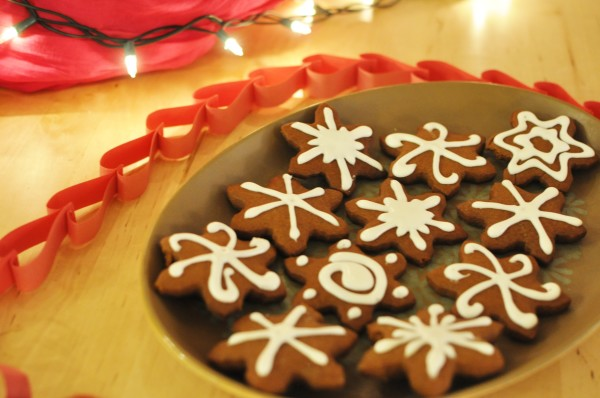gingerbread-snowflakes