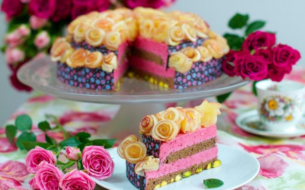 dessert-sweet-cake-rose-pink-flowers-saucer-tea-cup-wallpaper