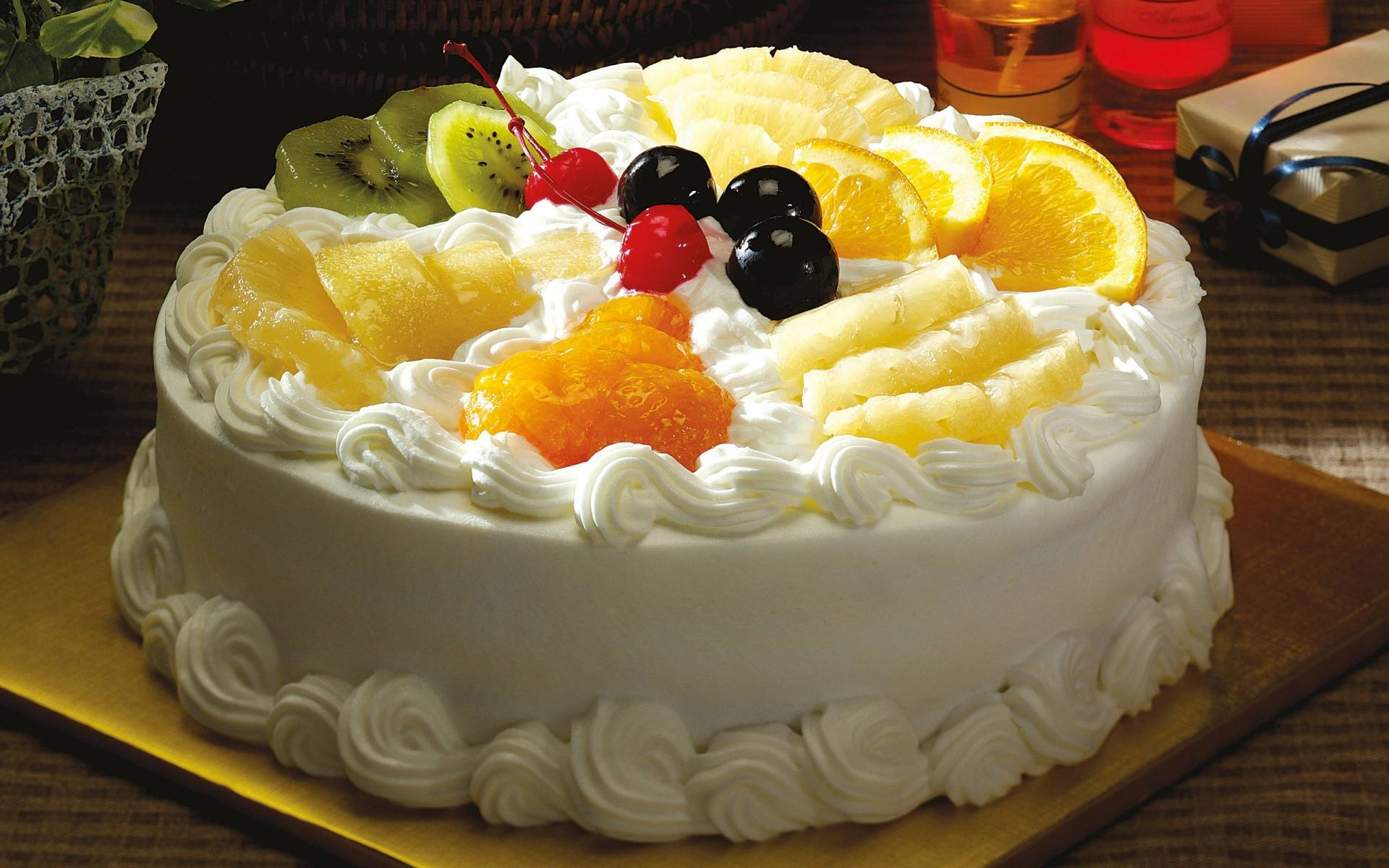 fruit-cake-creamy-cake-with-fruits-and-berries-20140718144150-53c9322ec4082