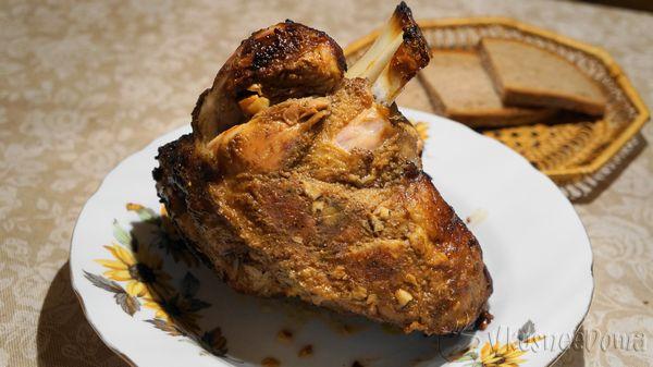 Рулька свиная запеченная в духовке рецепт с фото