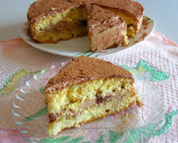 торт с вареньем и шоколадным кремом