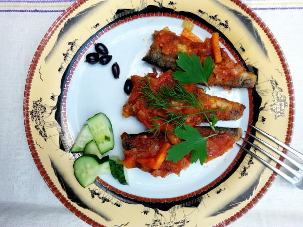 Салака рецепт в томатной заправке