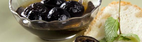 Варенье из грецких орехов рецепт с известью (по черному и по белому)