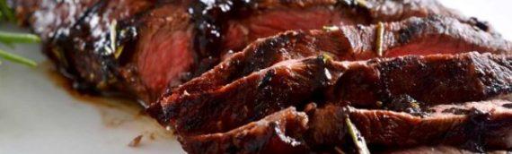 Бифштекс, рубленый из говядины: несколько рецептов популярного блюда