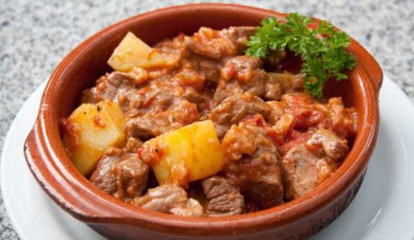 Баранина, тушёная с картошкой